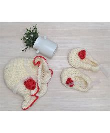 Beebop Crochet Cap and Booties Set Floral Applique - Off White Red
