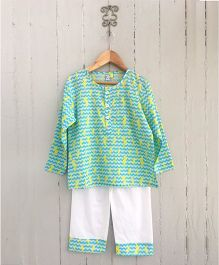 Frangipani Kids Sea Horse Print Full Sleeves Night Suit Set - Sea Green