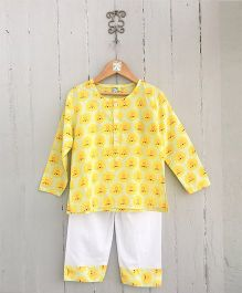 Frangipani Kids Pride Of Lions Full Sleeves Night Suit - Yellow