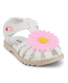 Kittens Sandals With Flower - White