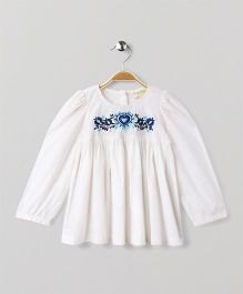 Hugsntugs Full Sleeve Top With Flower Patched On It - White