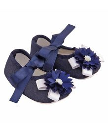 Daizy Ribbon Contrast Flower Applique Booties - Navy Blue