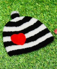 D'chica Pure Wool Little Heart Cap - Black & White