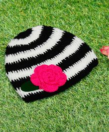 D'chica Pure Wool Striped Cap - Black & White