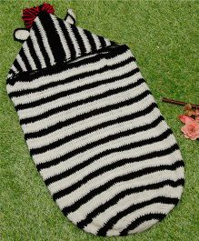 D'chica Pure Wool Sleep Sack With Hood - Black & White