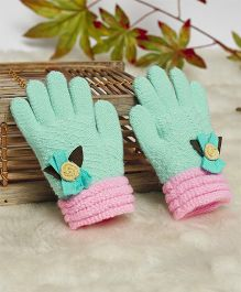 Superfie Flower Applique Gloves (Color May Vary)