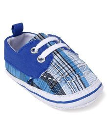 Cute Walk by Babyhug Shoes Style Booties - Blue White