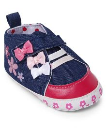 Cute Walk by Babyhug Booties Velcro Closure Bow Applique - Dark Blue