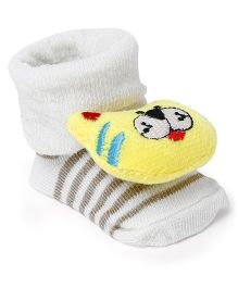 Cute Walk by Babyhug Socks Shoes Lion Face Motif - Cream & Yellow