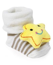 Cute Walk by Babyhug Socks Shoes Star Motif - Cream & Yellow