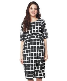 Nine Three Fourth Sleeves Maternity Nursing Dress Printed - Black