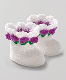 Knits & Knots Booties With Floral Border - White