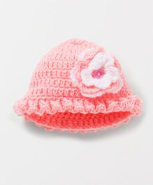 Knits & Knots Flower Cap - Peach & White