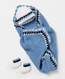 The Original Knit Blanket With Cap & Booties Set - Blue