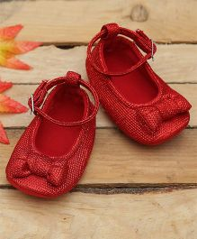 D'chica Bling Love Soft Soled Crib Booties - Red