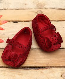 D'chica Stylishly Chic Crib Booties - Red
