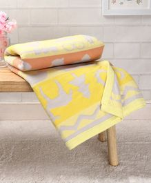 Babyhug Premium Knitted Cotton Blanket Jaguar And Mice - Grey & yellow