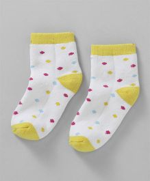 Cute Walk by Babyhug Anti Bacterial Ankle Length Polka Dots Design Socks - White Yellow