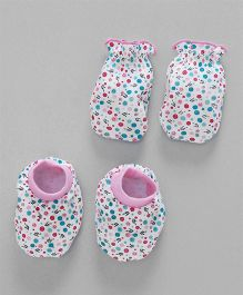 Babyhug Mittens And Booties Set - Pink