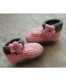 The Original Knit Flower Design Booties - Pink