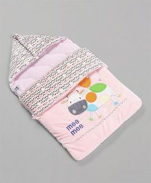 Mee Mee Hooded Carry Nest Cow Patch - Pink