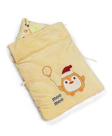 Mee Mee Hooded Carry Nest Penguin Patch - Cream
