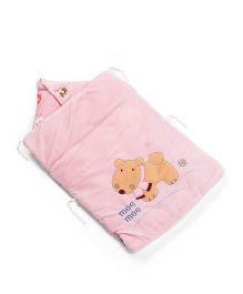 Mee Mee Hooded Carry Nest Doggy Bear Patch - Pink