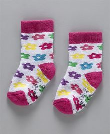 Cute Walk by Babyhug Anti Bacterial Ankle Length Terry Socks - Pink White
