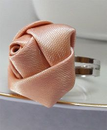 Sugarcart Satin Rose Adjustable Finger Ring - Beige & Golden