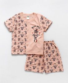 Cucumber Half Sleeves Vest & Shorts Set Magic Show Print - Peach