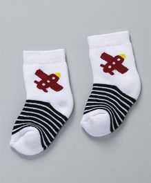 Cute Walk by Babyhug Anti Bacterial Ankle Length Socks With Design - White & Red