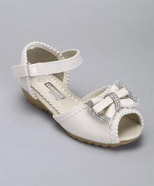 Cute Walk By Babyhug Party Wear Sandals Studded Bow Applique - Off White