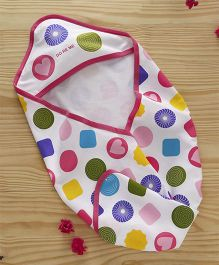Doreme Cotton Hooded Wrapper Shapes Print - White Pink