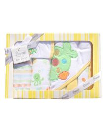 Owen Clothing Gift Set Fish Embroidery Pack of 7 - White