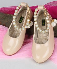 Buckled Up Ballerinas With Pear Anklet - Nude