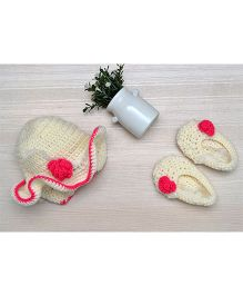 Beebop Crochet Booties And Hat Set - Off White Pink