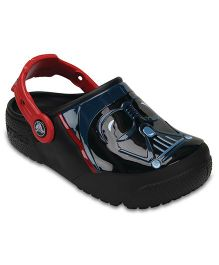 Crocs CrocsFunLab Lights Darth Vader  - Black  (7  Years)