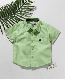 Palm Tree Half Sleeves Solid Color Shirt - Green
