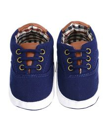 Wow Kiddos Tie Up Fashionable Shoes - Blue