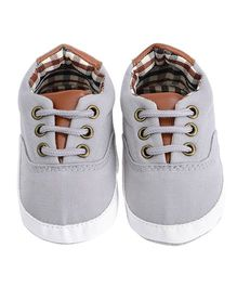 Wow Kiddos Tie Up Fashionable Shoes - Grey