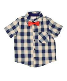 CrayonFlakes Checks Half Sleeves Shirt With Bow Tie - Blue, White & Red