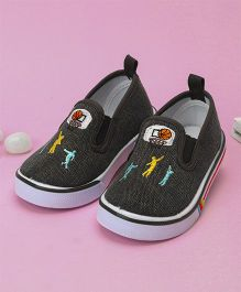Cute Walk by Babyhug Canvas Shoes Basketball Embroidery (Color May Vary)