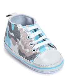 Kiwi Camouflage Lace-Up Sneakers - Blue