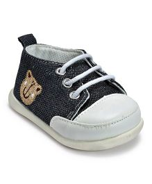 Kiwi Lace Sneakers with Teddy Patch - Grey