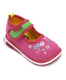 Cute Walk by Babyhug Casual Shoes Floral Embroidered - Fuchsia