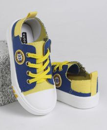 Cute Walk by Babyhug Casual Canvas Shoes - Blue & Yellow