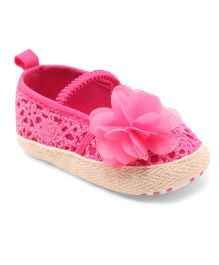 Cute Walk by Babyhug Lace Booties Floral Applique - Pink