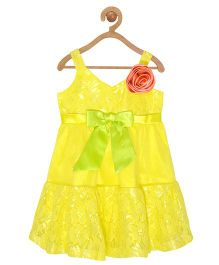 Pspeaches Lace Sleeveles Dress With Bow - Yellow