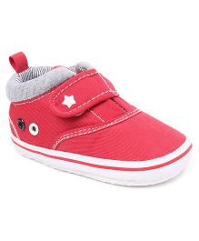 Cute Walk by Babyhug Booties Velcro Closure - Red