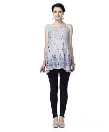 Innovative Embroidery Sleeveless Tunic Maternity Top - Blue